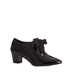 Faith - Black mid heeled brogues