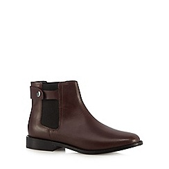 Faith - Maroon leather tab detail Chelsea boots