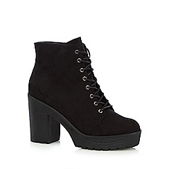 Faith - Black laced high platform ankle boots