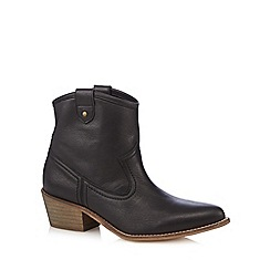 Faith - Black leather mid heeled ankle boots