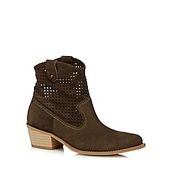 Faith - Khaki square cutout suede boots