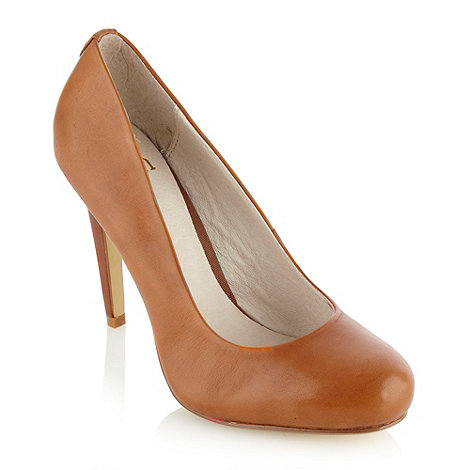 Faith - Tan leather high heeled court shoes