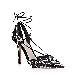 Faith - Black 'Cooper' court shoes
