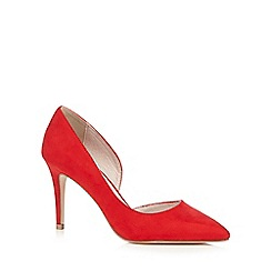 Faith - Red pointed heels