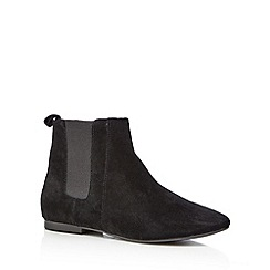 Faith - Black 'Smiths' Chelsea boots