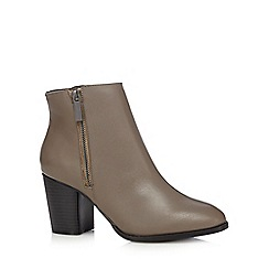 Faith - Grey leather 'Sandi' heeled boots