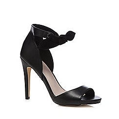 Faith - Black 'Damien' high sandals