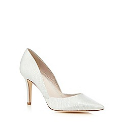 Faith - Metallic 'Fergie' court shoes