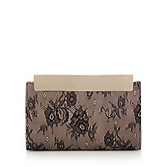 Faith - Black 'Fergie' clutch bag