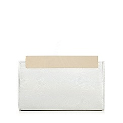 Faith - Silver 'Fergie' clutch bag
