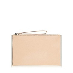 Faith - Light pink patent clutch bag