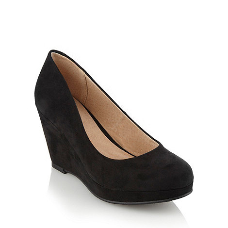 Faith - Black wedge heeled court shoes