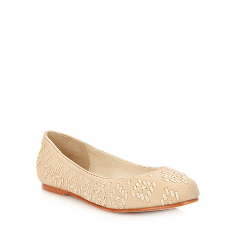 Faith - Natural weave leather pumps