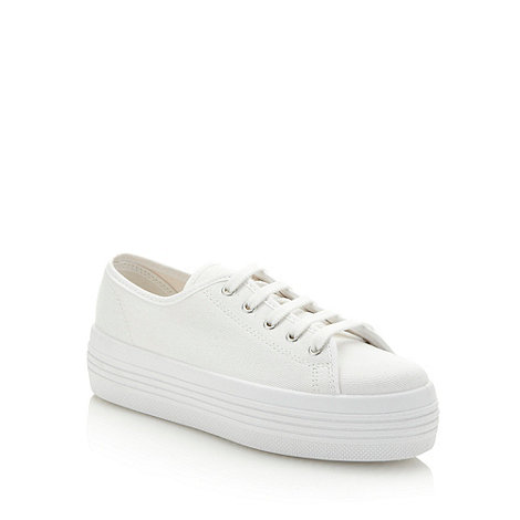 Faith - White canvas platform trainers
