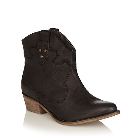 Faith - Black leather mid heel ankle boots
