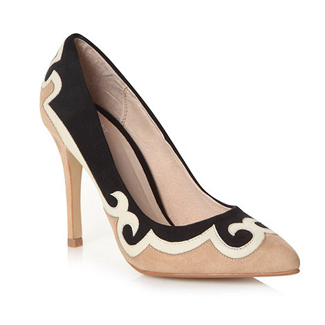 Faith - Natural swirl pointed high court shoes