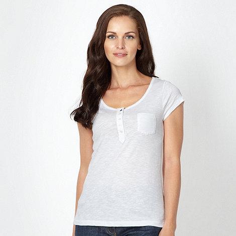 Mantaray - White picot trimmed t-shirt