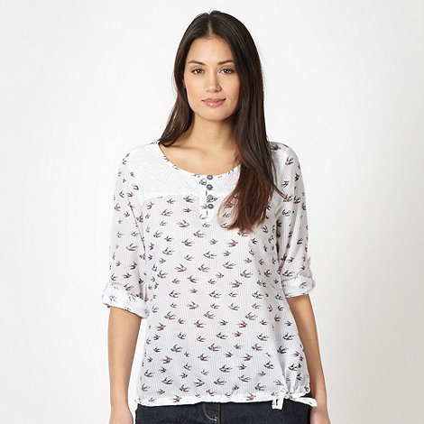Mantaray - White woven swallows top