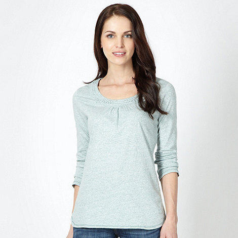 Mantaray - Pale green applique long sleeved top