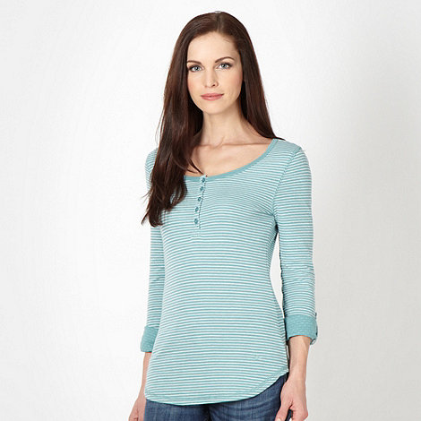 Mantaray - Pale green striped top
