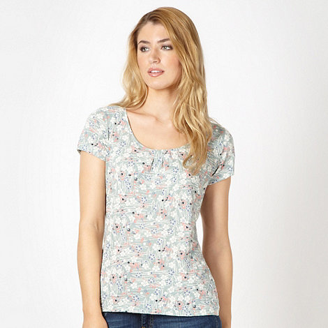 Mantaray - Pale green spotted floral top