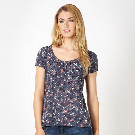 Mantaray - Navy spotted floral top