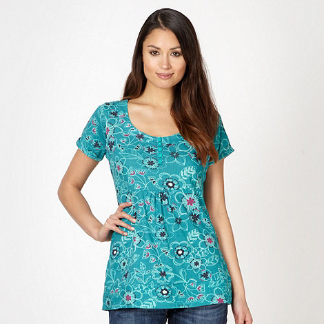 Mantaray - Aqua stencil flower print t-shirt