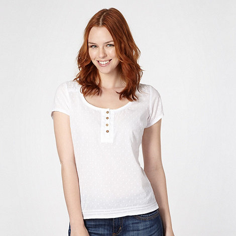 Mantaray - White embroidered and spotted shell top