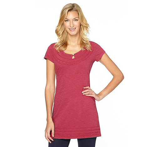 Mantaray - Dark pink embroidered scoop neck tunic