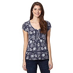 Mantaray - Blue floral print V neck top