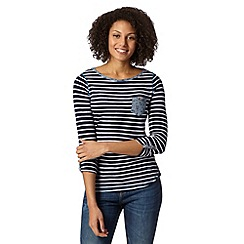 Mantaray - Navy striped contrast pocket top