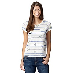 Mantaray - White painted bird and stripe t-shirt