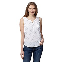 Mantaray - White embellished vest top