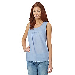 Mantaray - Light blue scalloped neck top