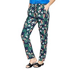Mantaray - Navy hummingbird print cropped chinos