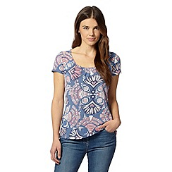 Mantaray - Blue aztec floral printed t-shirt