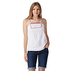 Mantaray - White embroidered bib cami top