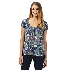 Mantaray - Blue forest print self tie hem top