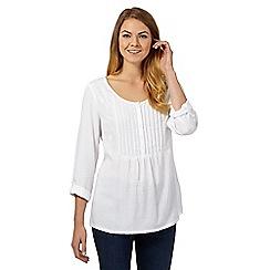 Mantaray - White three-quarter sleeved jacquard blouse
