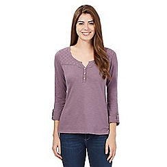 Mantaray - Light purple flower top