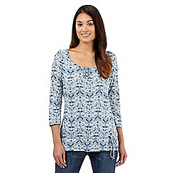 Mantaray - Blue bird print top
