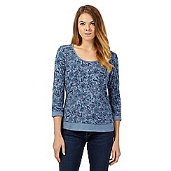 Mantaray - Blue three-quarter sleeved printed contrast trim top