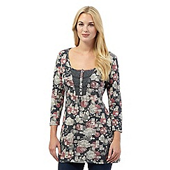 Mantaray - Dark grey village print tunic top