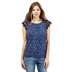 Mantaray - Blue crochet floral print top