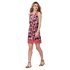 Mantaray - Pink leaf print textured dress