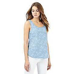 Mantaray - Light blue palm tree print denim top