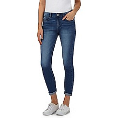 Mantaray - Blue whiskered-effect cropped jeans