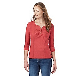 Mantaray - Red cutout yoke top