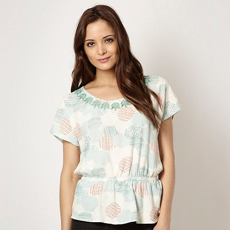 Mantaray - Ivory broderie neck top
