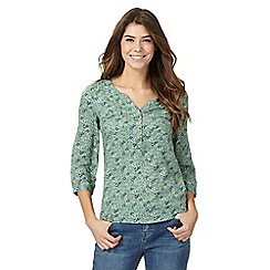 Mantaray - Green floral print notch neck shirt